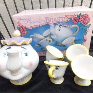 Vintage Disney beauty and tbe beast tea party set